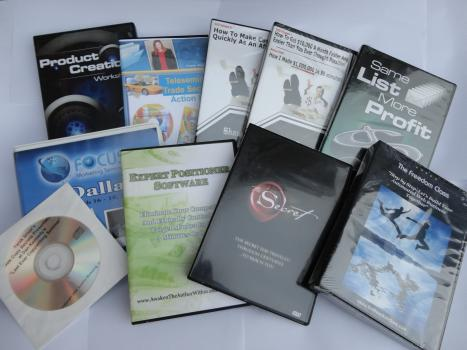 Picture of bulk lot of internet marketing products